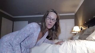 hot booty mom in joi action #mrbrain1988